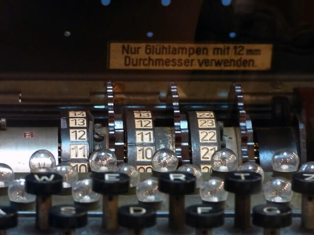 エニグマ(Enigma)暗号器 in python